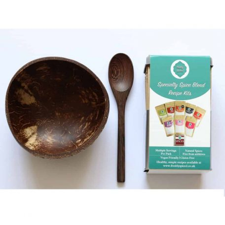 Photo of Specialty Tin and Bamboo Bowl Set